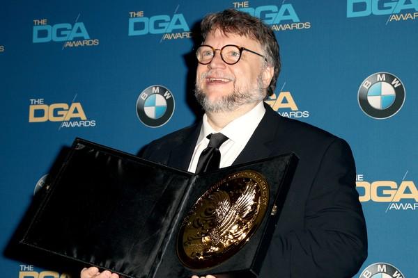 Guillermo Del Toro recebe prêmio do Sindicato de Diretores dos Estados Unidos por A Forma da Água (2018) (Foto: Getty Images)