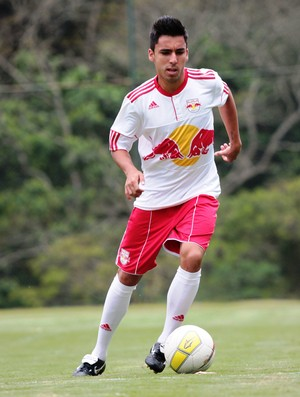 Lucas Chinagui, volante do RB Brasil (Foto: Divulgação/ AI RB Brasil)