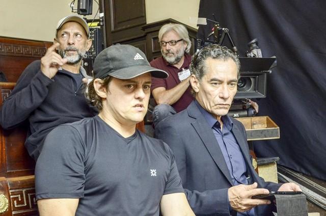 Chico Diaz no set de Happy Hour (Foto: Divulgação)