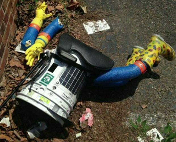 Responsáveis pelo robô dizem que não conseguirão consertá-lo. (Foto: BBC)