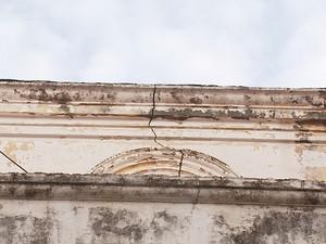 Rachadura na Catedral Metropoliana de Campinas (Foto: Reprodução EPTV)