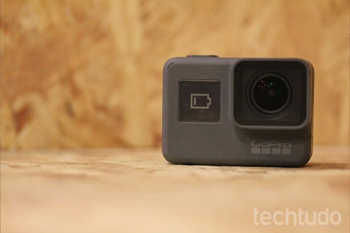 Autonomia de bateria da GoPro Hero5 Black é um dos pontos fracos da câmera (Foto: Luana Marfim/TechTudo)