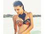 Solteira, Rayanne Morais mostra corpão de biquíni e ganha elogios