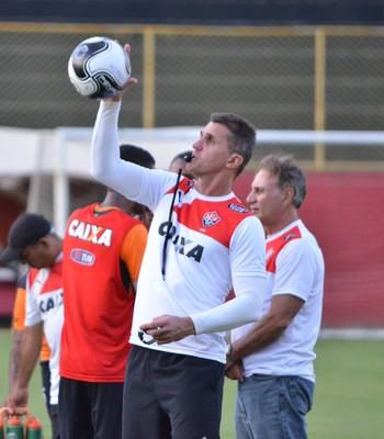 Vagner Mancini; vagner mancini vitória (Foto: Francisco Galvão/EC Vitória)