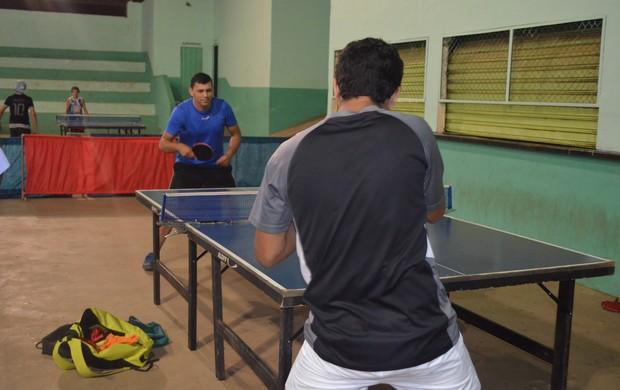 Mesa-tenistas de Vilhena se preparam para os Jogos Intermunicipais de Rondônia (Foto: Lauane Sena)