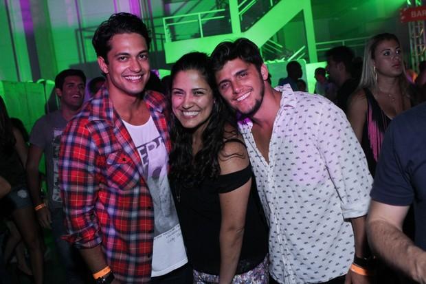 Raphael Viana, Marcele Nery e Bruno Gissoni na festa M.I.S.S.A. (Foto: Raphael Mesquita/ Foto Rio News)