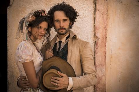 Leonor (Marina Nery) e Afrânio (Rodrigo Santoro) (Foto: TV Globo)