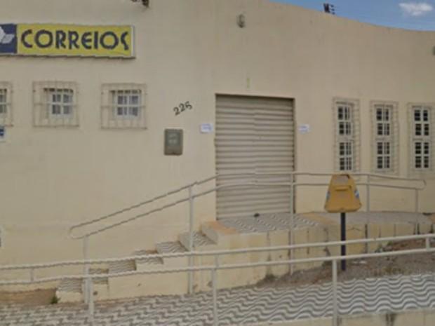 Agência dos correios da cidade de Monte das Gameleiras foi arrombada (Foto: Divulgação/Diário Lajespintadense)