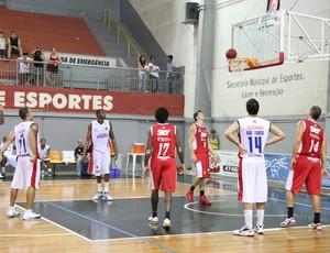 Fusco Suzano Basquete  (Foto: Thiago Fidelix / Globoesporte.com)