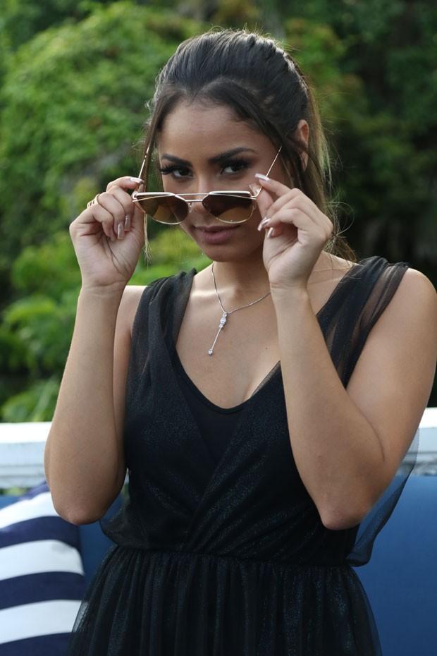 A cantora Lexa na Casa QUEM de Verão (Foto: Daniel Janssens / Ed.Globo)