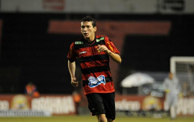 pery sport (Foto: Aldo Carneiro / Pernambuco Press)