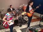 Banda de heavy metal de irmãs mexicanas tem milhões de fãs no YouTube