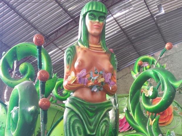 Detalhe de um carro da Viradouro, escola vice-campeão do carnaval de 2013 na Série A (Foto: Monica Marinho/ Divulgação)