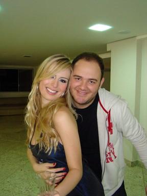 Fernanda Keulla e FAbius Alvim: amigos de infância (Foto: Reprodução/Twitter)