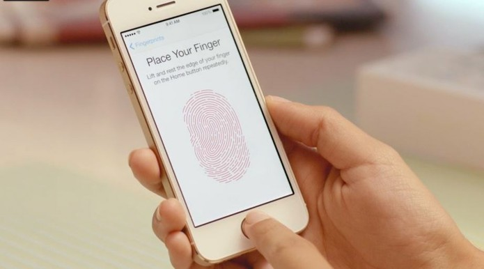 iPhone SE? Não, esse é o iPhone 5s lançado em 2013 (Foto: RepiPhone SE? Não, esse é o iPhone 5s lançado em 2013 (Foto: Divulgação/Apple)rodução/Apple)