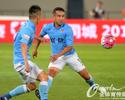 Corinthians confirma interesse em Jadson, mas teme por concorrência