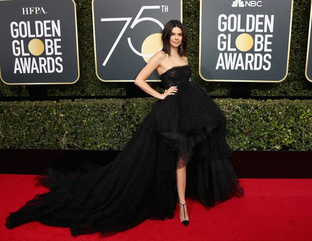 Kendall Jenner no Globo de Ouro 2018 (Foto: Getty Images)