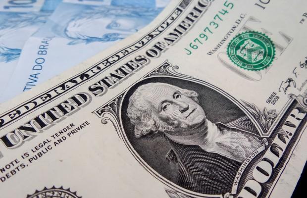 Dólar fecha a R$ 3,63 em alta de 1,40%, com previsão de déficit primário para 2016