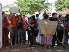 Artistas e produtores culturais protestam por oficina em Bauru
