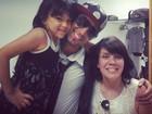 Simony e a filha tietam Latino: 'A Pyetra ficou doida'