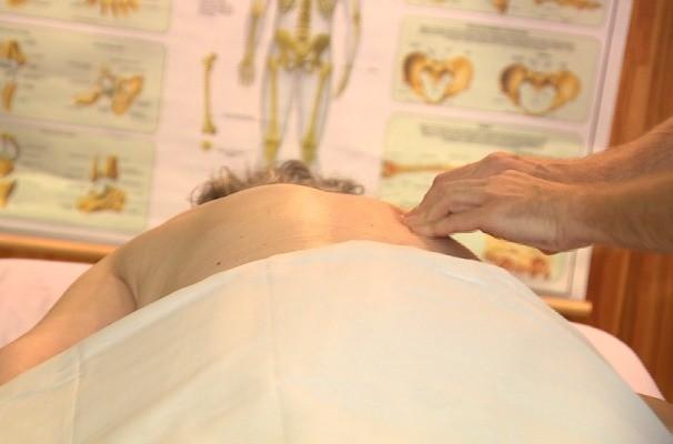 Massagem integrativa é tema do Vida e Saúde (Foto:  Reprodução/RBS TV)