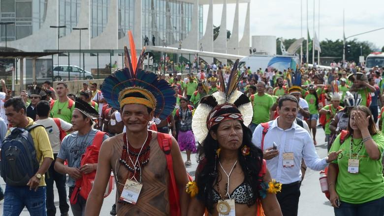 agricultura_indios_protesto_brasilia_df (Foto: Ântonio Cruz/Agência Brasil)