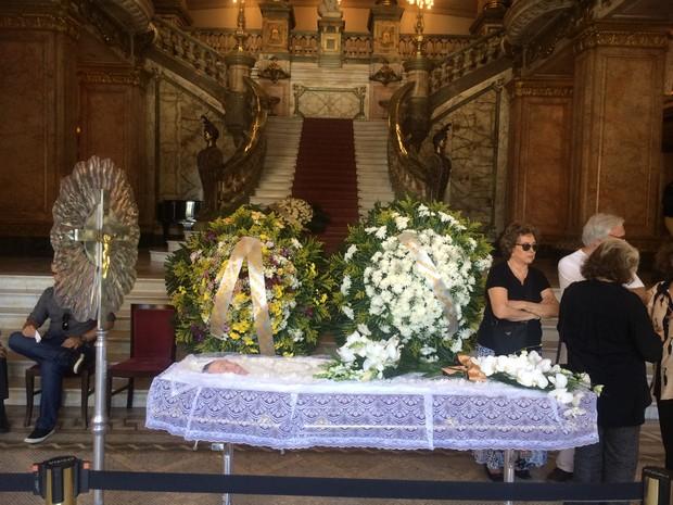 Corpo de Maria Della Costa será enterrado em Paraty, na segunda-feira (26) (Foto: Fernanda Rouvenat/ G1)