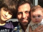 Henri Castelli se declara aos filhos: 'Me ensinaram o que é o amor'