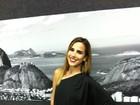 Wanessa aparece de cabelos lisos e look sexy no Rock in Rio
