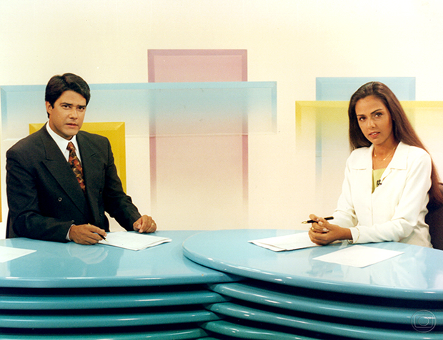 William Bonner e Cristina Ranzolin na bancada do Jornal Hoje (Foto: Arley Alves/TV Globo)