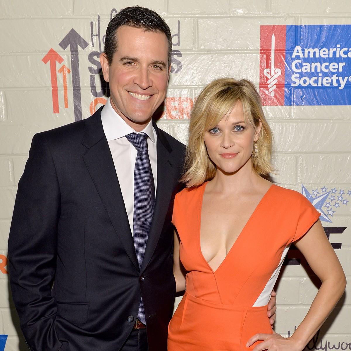 Reese Witherspoon teve dois filhos com nomes comuns antes de se casar com Jim Toth e batizar o caçula de Tennessee James em homenagem a seu estado natal (Foto: Getty Images)
