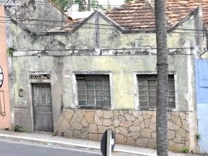 Prédio é um dos 600 da área de entorno do Centro Histórico, diz Iphan (Foto: Eduarda Fernandes/ G1)