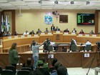 Vereadores de Foz do Iguaçu rejeitam comissão para investigar prefeito