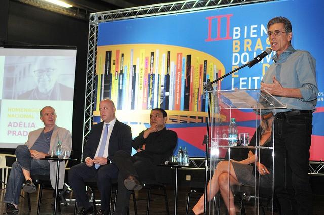 Artistas participam do lançamento da terceira edição da Bienal do Livro (Foto: Tony Winston/Agência Brasília.)