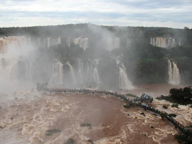 Chuvas no Paraná fizeram vazão nas Cataratas do Iguaçu quase triplicar (Foto: Cataratas do Iguaçu S.A. / Divulgação)
