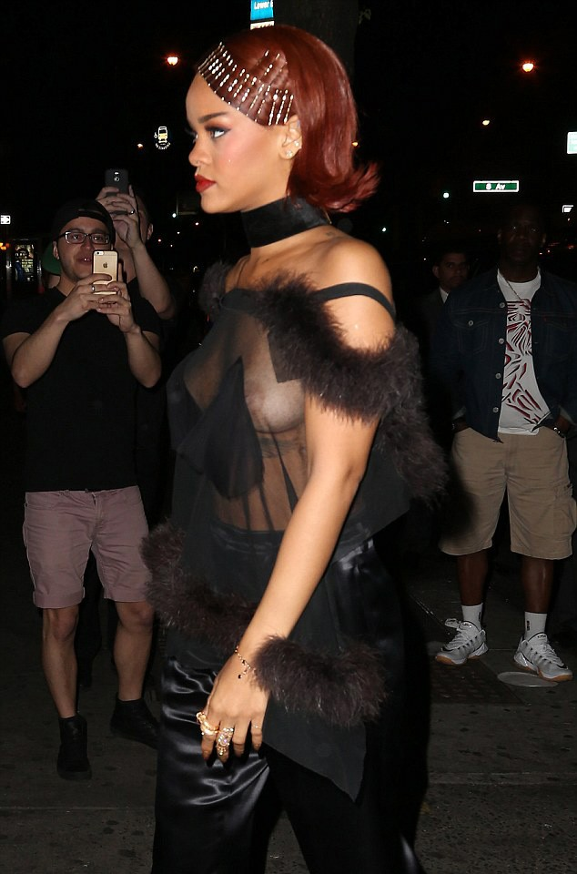 Rihanna  (Foto: Splash News / AKM-GSI)