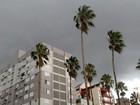 Frente fria provoca chuva e vento de até 97 km/h no Rio Grande do Sul