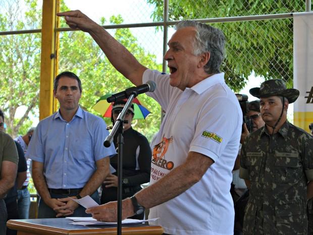 Durante ação nacional contra o Aedes aegypti em Rio Branco o ministro defendeu a opção de aborto em caso de fetos com microcefalia (Foto: Quésia Melo/G1)