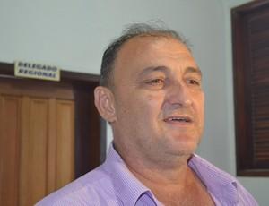 José Carlos Dalanhol, presidente do Vilhena, presta esclarecimentos na delegacia (Foto: Jonatas Boni)