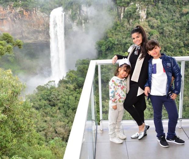 Isabele Temóteo, mulher de Xand, do Aviões do Forró (Foto: Reprodução/Instagram)