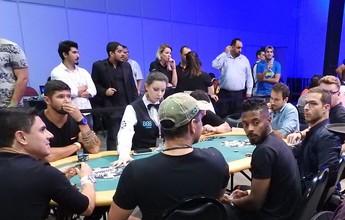 Palmeirenses, são-paulinos e Luxa disputam torneio de pôquer em SP