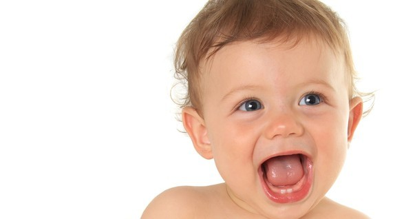 Crescer - Como cuidar dos primeiros dentes (Foto: Reproduo/Crescer)