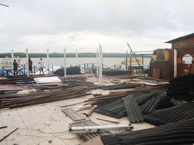 Bares do Jacaré, em um dos principais pontos turísticos de João Pessoa, serão demolidos até o final de semana (Foto: Divulgação/MPF-PB)
