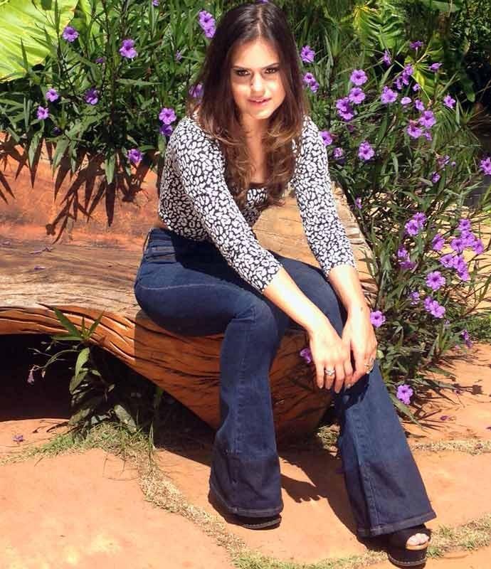 'Às vezes, esqueço que tenho só 24 anos', diz Jessika Alves (Foto: Arquivo Pessoal)
