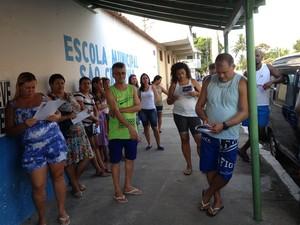 Reunião ocorreu na frente da Escola São Cristóvão (Foto: Assessoria Sepe Lagos)