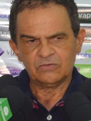Francisco Diá, técnico do Campinense, Almeidão (Foto: Larissa Keren / GloboEsporte.com/pb)