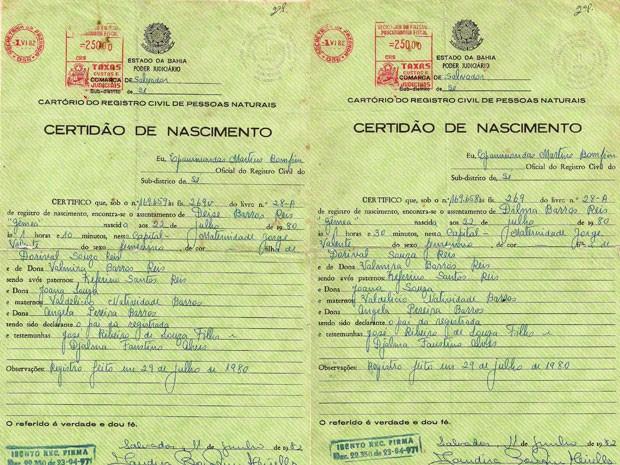 Certidão de nascimento das irmãs Dilma e Deise. (Foto: Arquivo Pessoal)