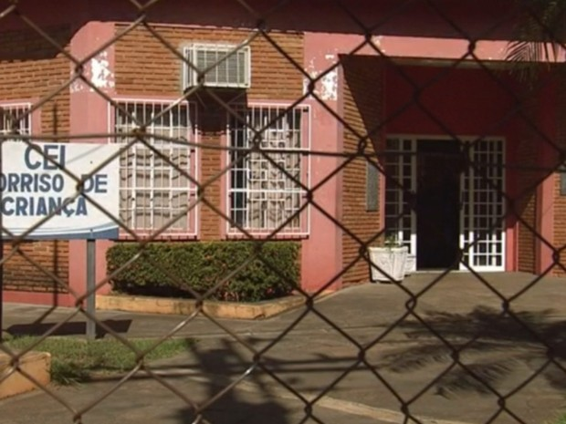 Creche onde teria acontecido as agressões em Ilha Solteira (Foto: Reprodução/ TV TEM)
