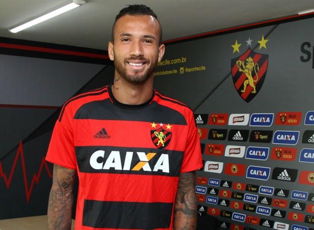 Leandro Pereira vem sendo o atual titular  (Foto: Williams Aguiar/Sport Club do Recife)