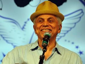 Paulinho da Viola cantou clássicos e exaltou a Portela em 'Foi um rio que passou em minha vida' (Foto: Ricardo Almeida/ Portela/ Divulgação)
